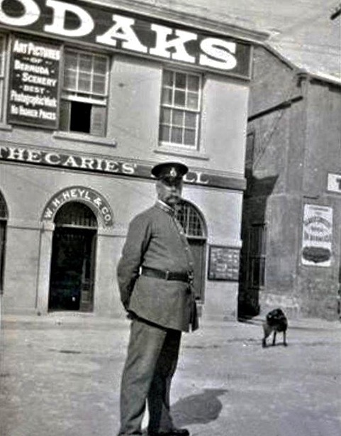 Old Photos of Bobbies at Heyl's Corner